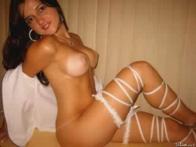Petite latina nude sex chat